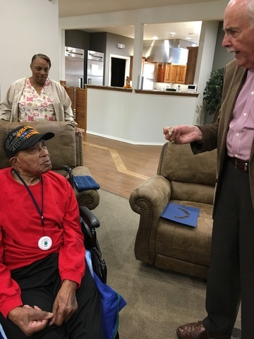 WWII Veteran Gets Key To The City Good Life Assisted
